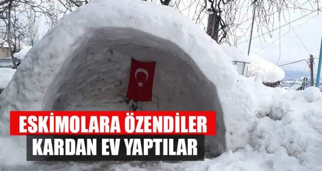 Eskimolara Özendiler Kardan Ev Yaptılar