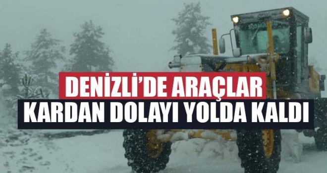 Denizli'de Araçlar Kardan Dolayı Yolda Kaldı