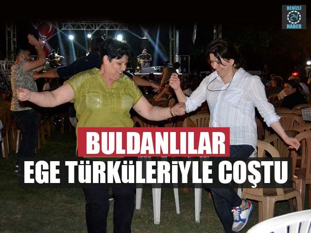 Buldanlılar Ege Türküleriyle Coştu
