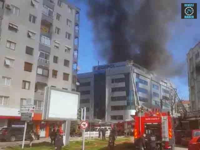 İzmir Karabağlar Egepol hastanesinde yangın