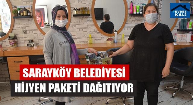 Sarayköy Belediyesi Hijyen Paketi Dağıtıyor