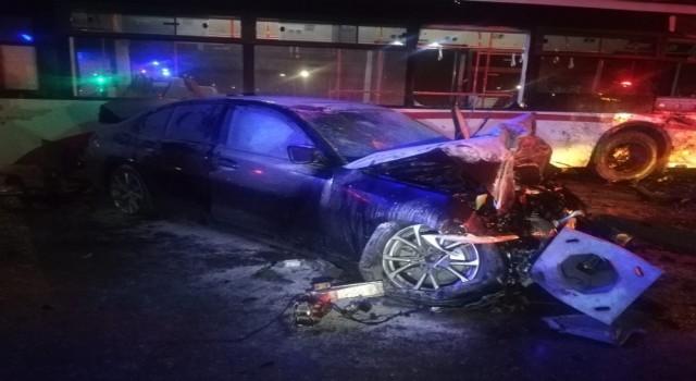 Balçova'daki feci kaza: 2 yaralı