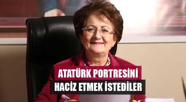 Atatürk Portresini Haciz Etmek İstediler
