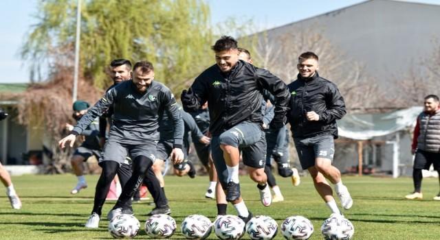 Denizlispor, Gaziantep maçı hazırlıklarına devam ediyor