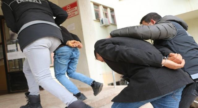 Denizli'de FETÖ/PDY örgütünde faaliyet gösteren 5 şüpheli yakalandı