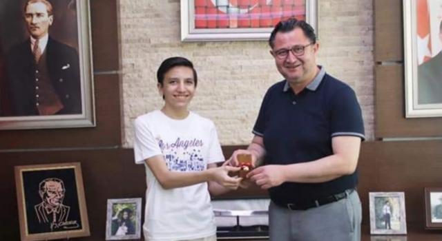 Denizlili öğrencisi LGS'de Türkiye birincisi oldu