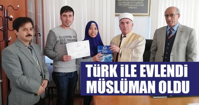 Türk İle Evlendi Müslüman Oldu