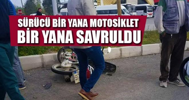 Sürücü Bir Yana Motosiklet Bir Yana Savruldu