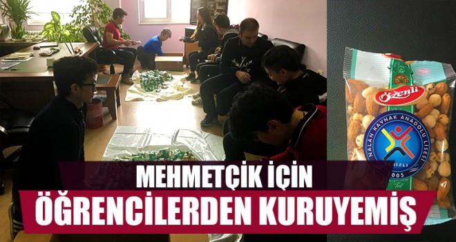 Mehmetçik İçin Öğrencilerden Kuruyemiş