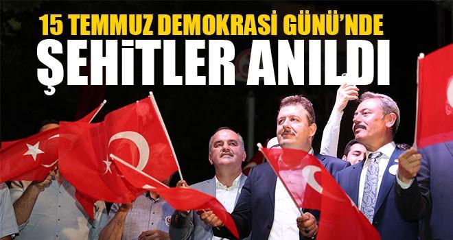 15 Temmuz Demokrasi Günü'nde Şehitler Anıldı