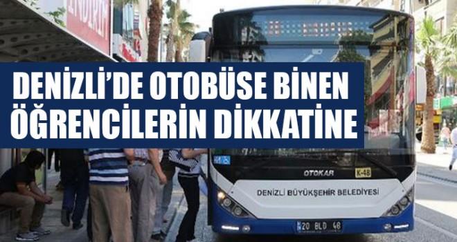Denizli'de Otobüse Binen Öğrencilerin Dikkatine