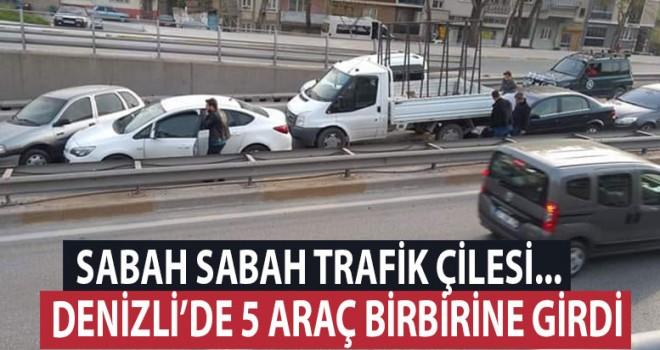 Denizli'de zincirleme kazada, trafik felç
