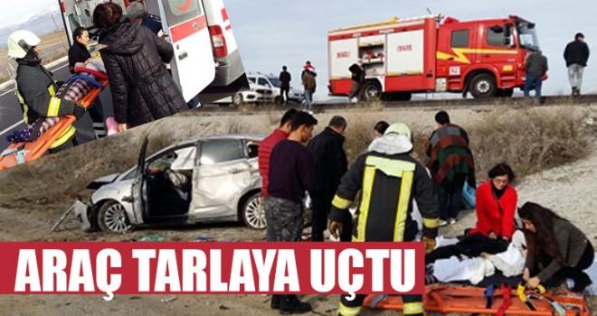 Araç Tarlaya Uçtu 3 yaralı