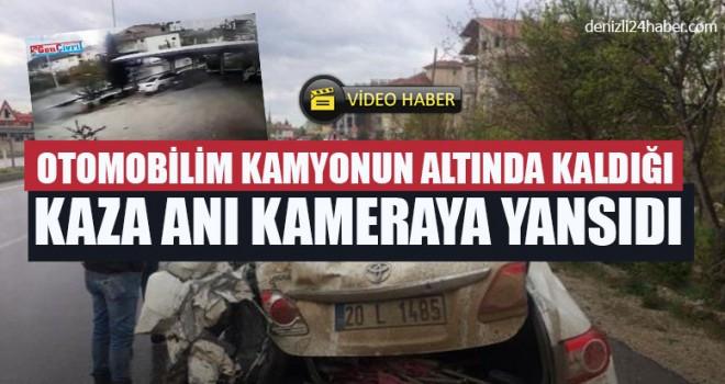Otomobilim Kamyonun Altında Kaldığı Kaza Anı Kameraya Yansıdı