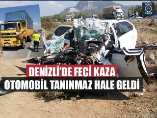 Denizli'de Feci Kaza Otomobil Tanınmaz Hale Geldi