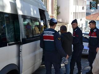 Manisa Demirci'de cinsel saldırı suçundan 4 kişi tutuklandı