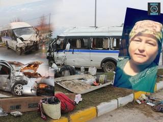 Salihli'de minibüs ile kamyonet çarpıştı Hatice Sarı hayatını kaybetti 24 kişi yaralandı